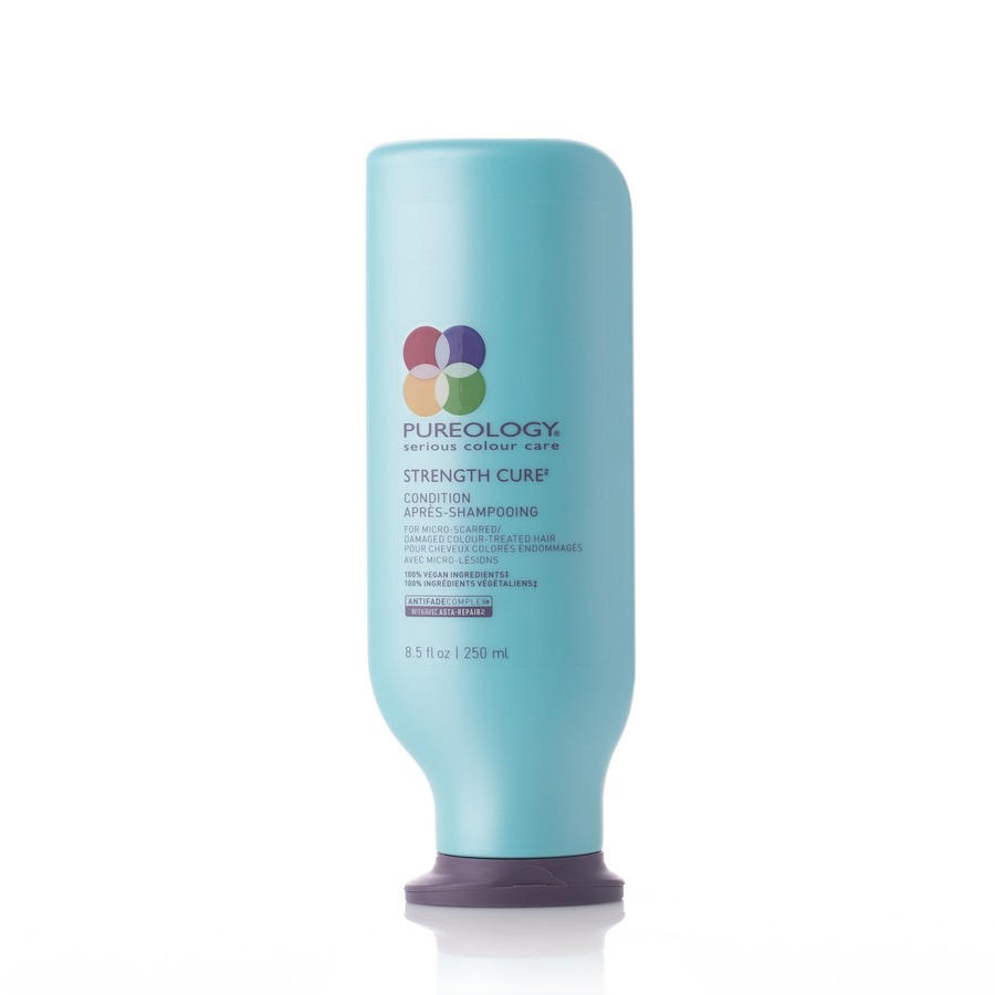 Pureology Strength Cure Conditioner (250 ml)